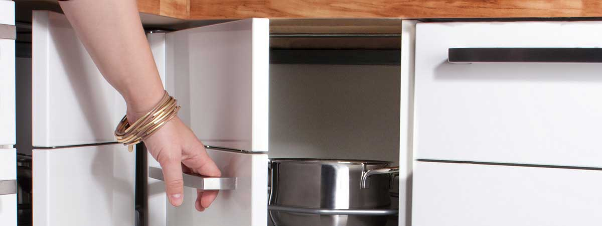 Eckschränke - Ihr Küchenfachhändler aus Lörrach – KüchenDesign Höllstin
